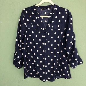 Investments 100% Silk Polka Dot Button Down PM